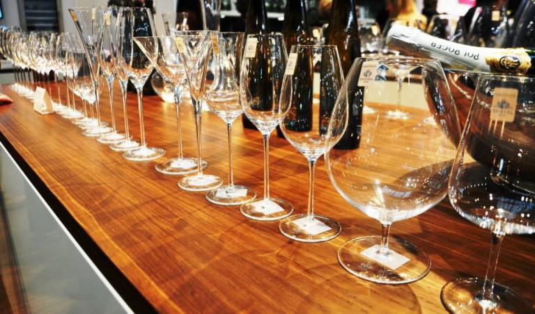 Břeclav si vymyslela nový suvenýr. Červené a bílé víno