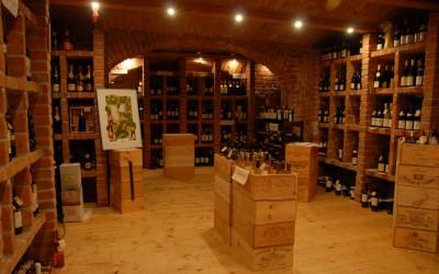 Kolik jsme ochotní zaplatit za víno a ve kterých řetězcích se nejvíc víno nakupuje?