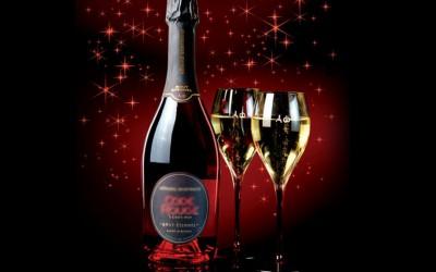 Vánoce: budeme pít to, co nám vnutí marketingové hrátky obchodníků? Nezkusíme třeba Madeiru? Jediné víno, které se zapéká?