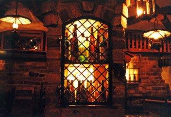 Ve sklípcích jako z Hobita se před vínem skladovala řepa a brambory